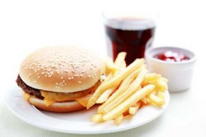 How to Eat Healthier at Fast Food Restaurants