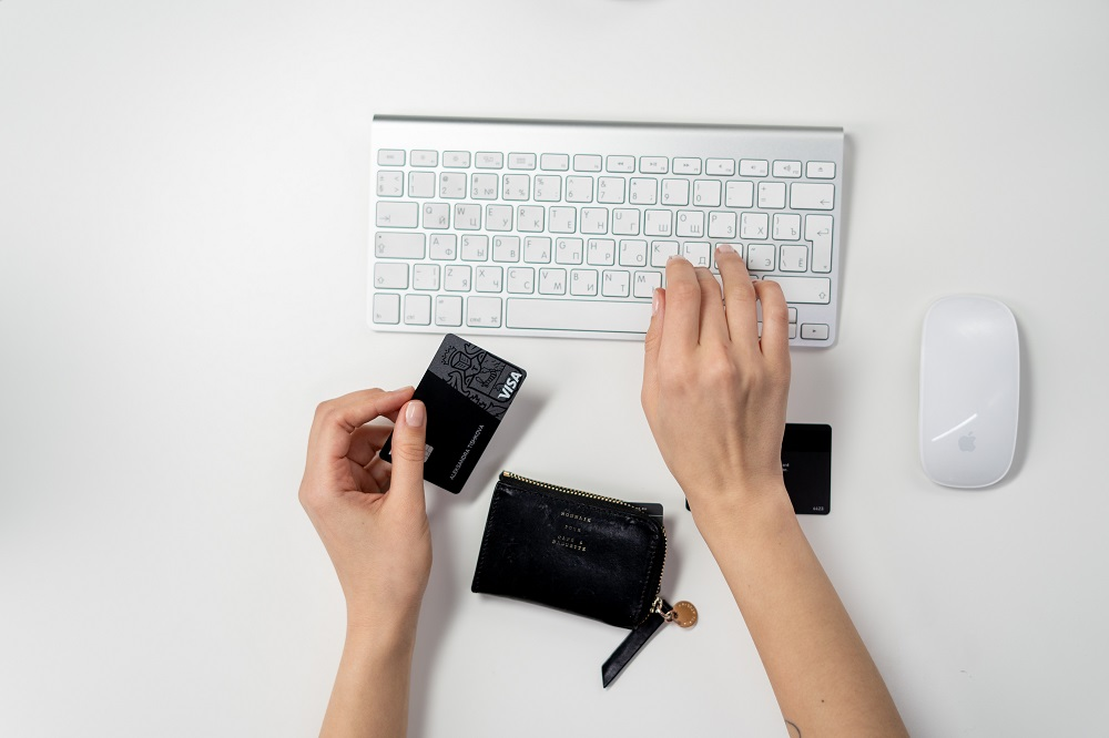 keyboard-mouse-computer-credit-card