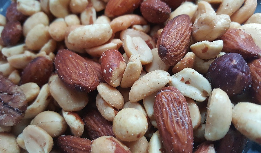 nuts-almonds-walnuts