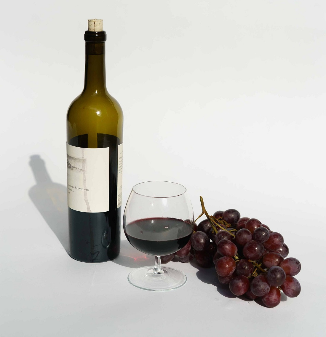 red-wine-glass-drink
