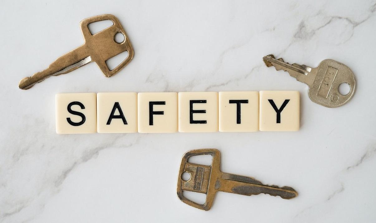 safety-lock-key-thief